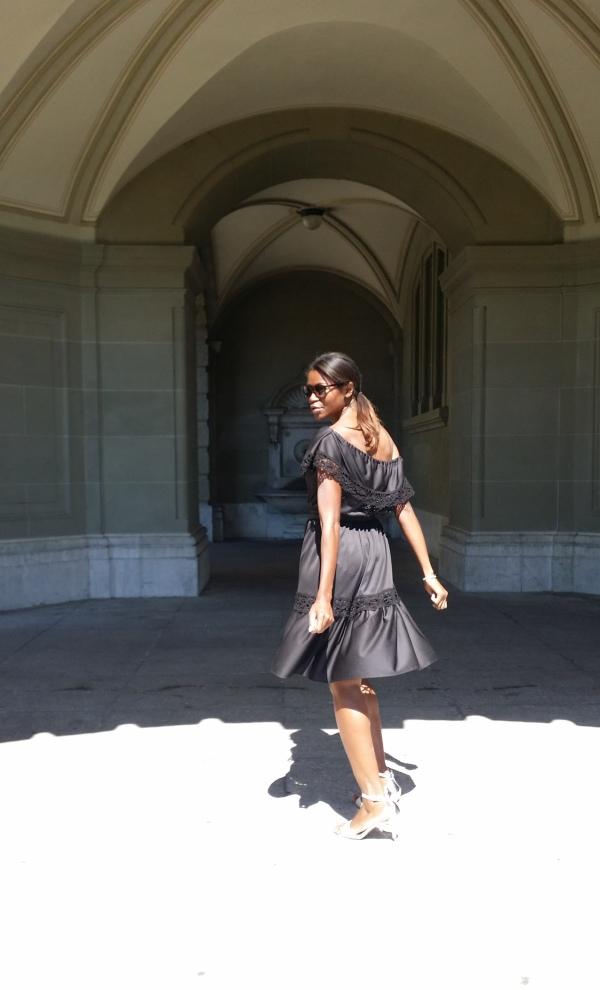 The Off the shoulder dress 2