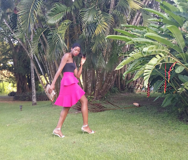 pam_Tallfashionblog_h&m_top_clutch_zara_pink_frill_skirt_payless_silver_sandals